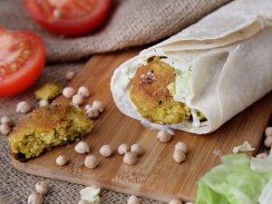 Falafel v Lavaši s výbornou tzatziki omáčkou