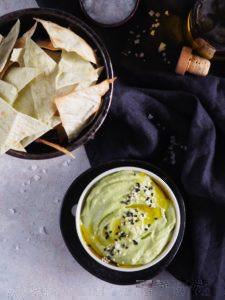 Avokádová nátierka s chrumkavým Lavašom