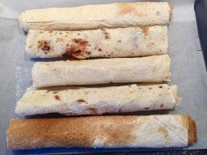Jablkovo škoricová Štrúdľa s gaštanovým pyré a čučoriedkami MAIN