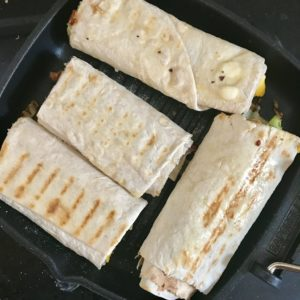 Raňajkové panini zapečené na panvici